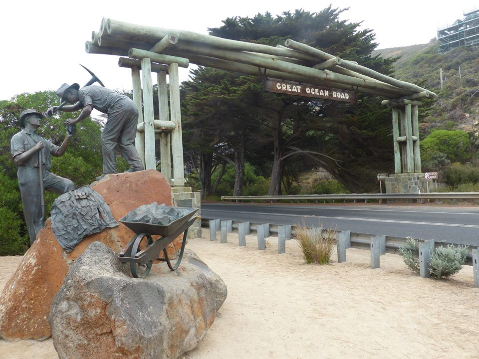 Memorial Arch, Great Ocean Road